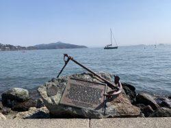 Anchor and plaque about Captain Richardson